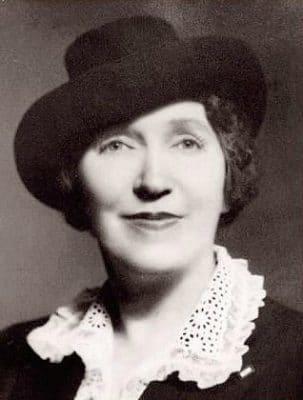 Farsdagens mor, Sonora Louise Smart Bodd