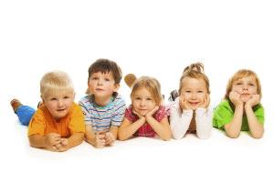 barnehagestart, barn vid siden av hverandre